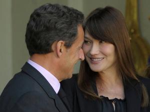 Отец Саркози: я уверен, что родится девочка.